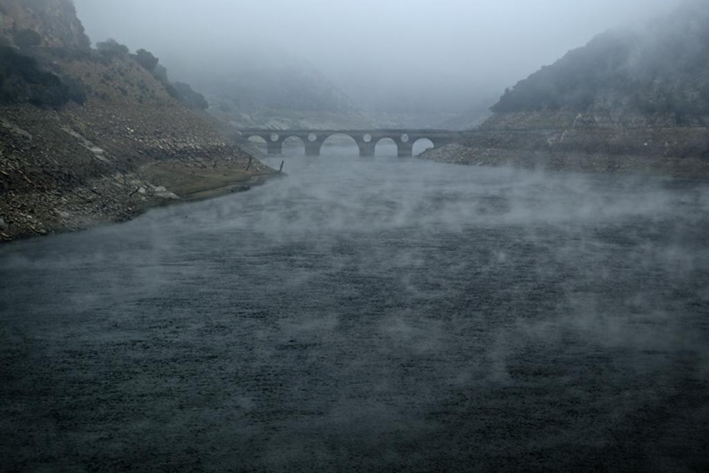 Levantando-la-niebla-Ramon-A.-Fernandez-Santos