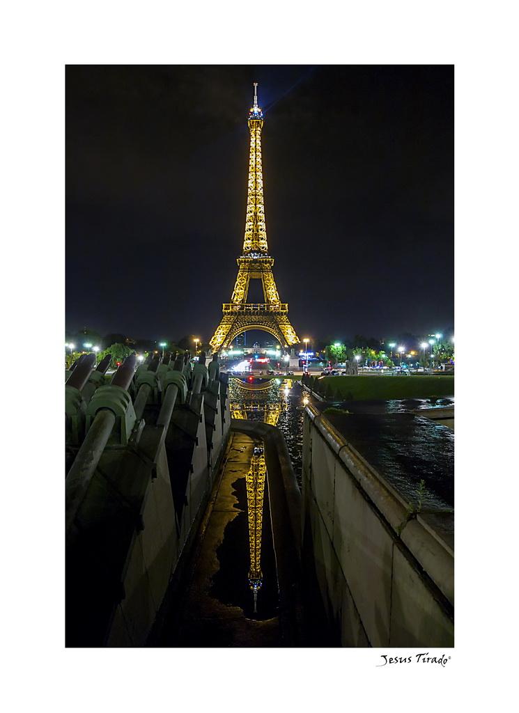 Torre-Eiffel-Jesús-Tirado-González